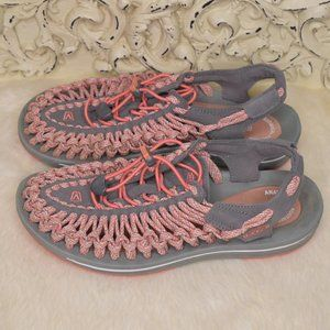 Keen Uneek Coral Camo Cord Sandals Size 9 Hiking